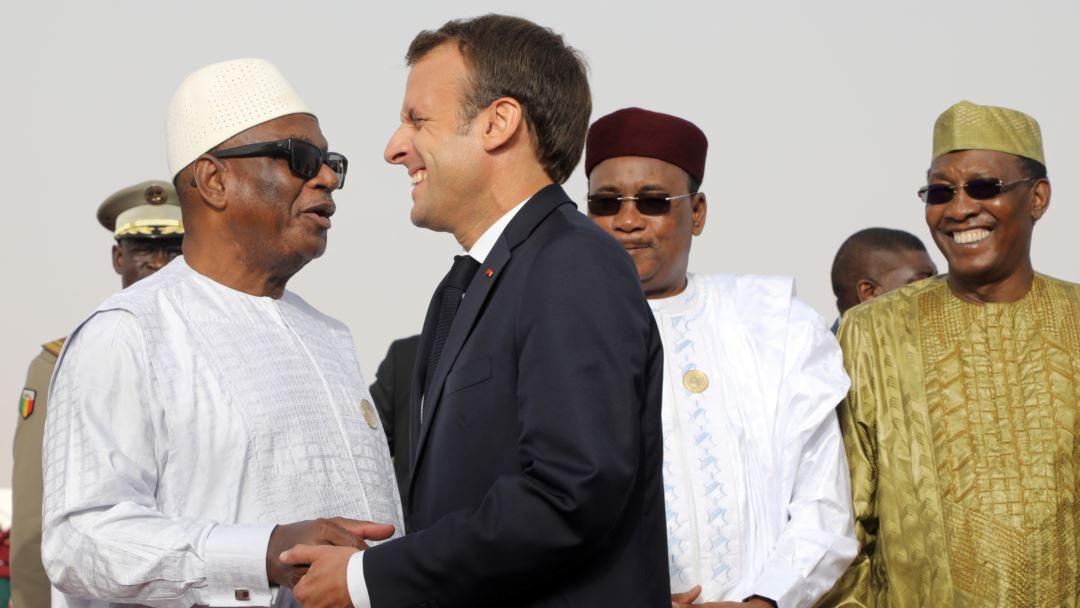 Emmanuel Macron sur la longévité au pouvoir en Afrique : «Il faut rassurer les dirigeants après qu'ils aient quitté le pouvoir. C'est la peur des poursuites judiciaires qui les retient souvent»