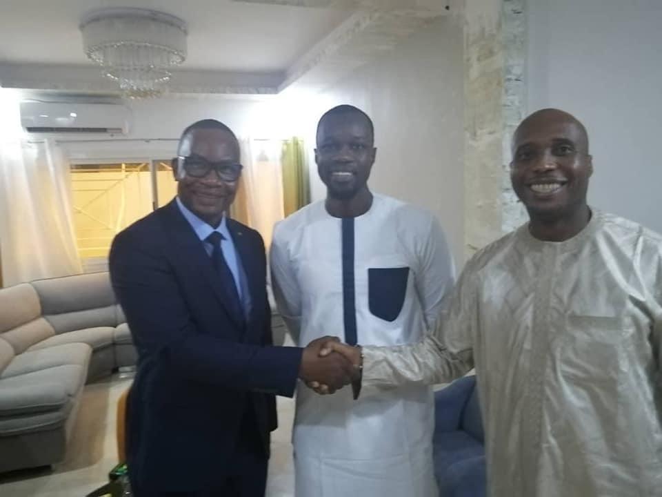 Médiation politique : Ousmane Sonko réconcilie Me Moussa Diop et Barthélémy Dias