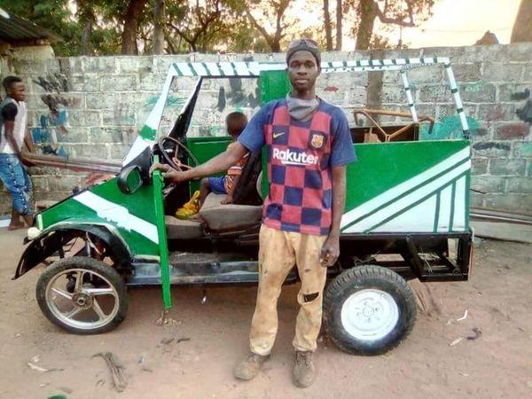 KOLDA : Un soudeur métallique fabrique des véhicules artisanaux et du matériel agricole à Dabo.