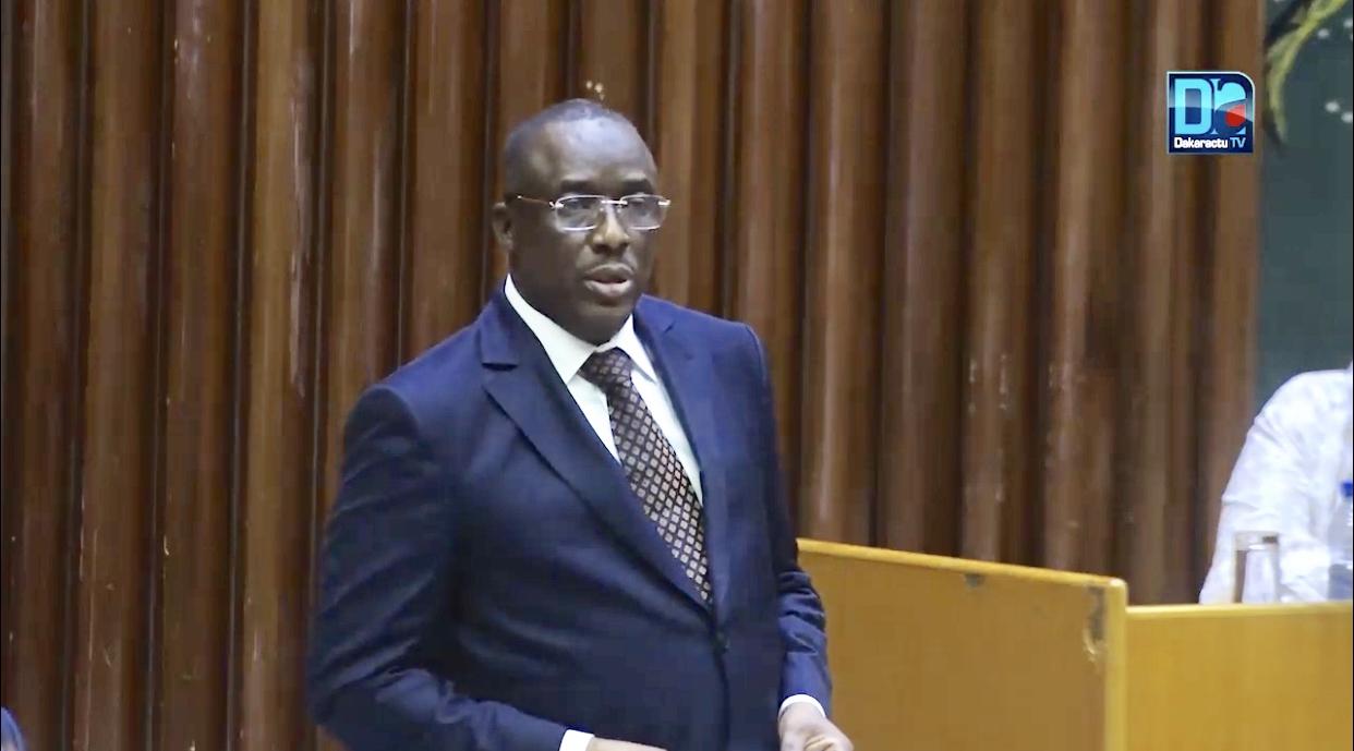 Assemblée nationale : Les trois (3) grands axes du programme 2021 du ministère de l'enseignement supérieur, de la recherche et de l'innovation.