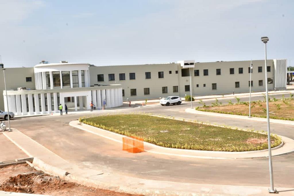 Hôpital régional de Kaffrine : L'état d'avancement des travaux est de 93%.