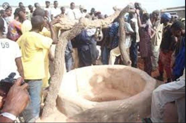 Thiès : S.A. Ngom (21 ans) avise ses proches qu'il va se suicider et se jette dans un puits.