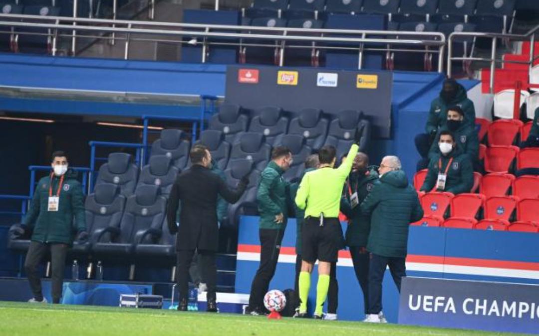 PSG - Basaksehir : le carton rouge d'Achille Webo suspendu par l'UEFA.