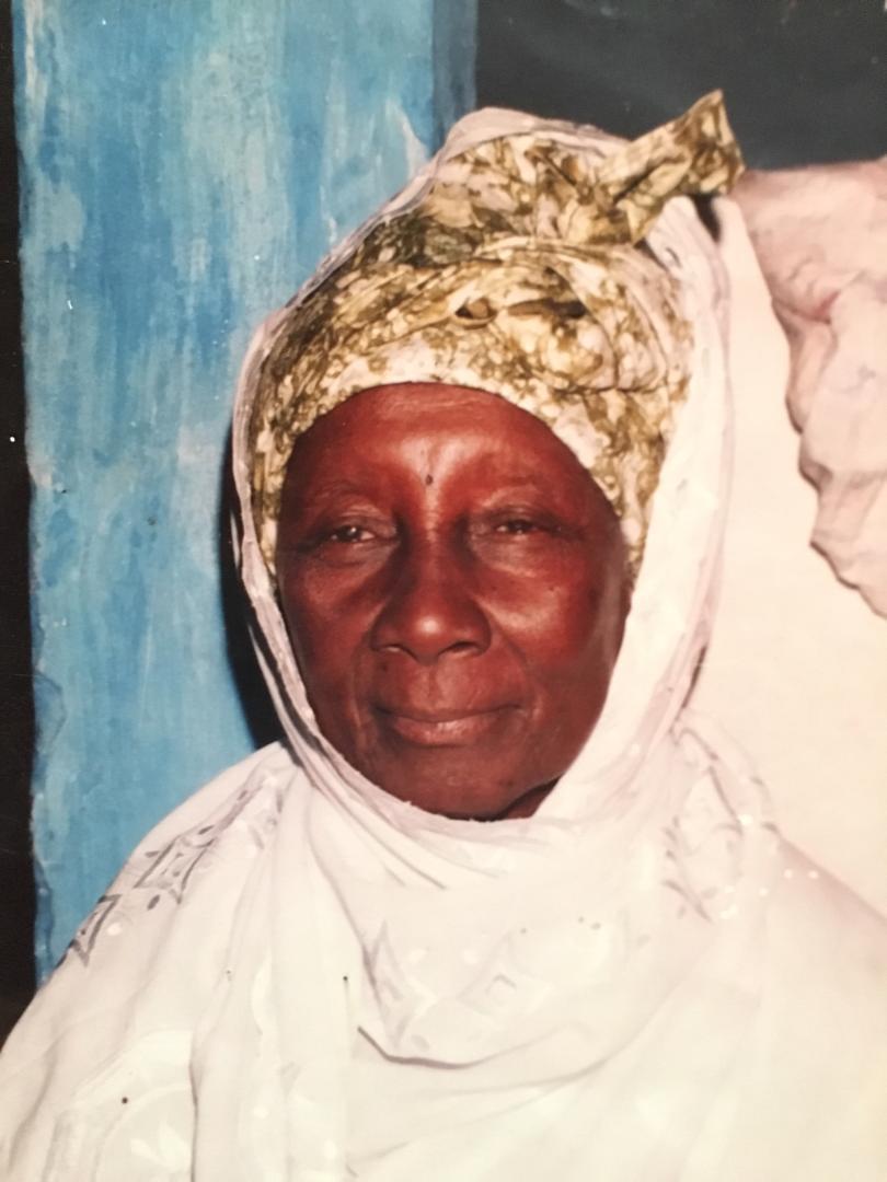 Sagne Bambara en deuil : La mère du défunt Khalife, Cheikh Mouhidine Samba Diallo, rappelée à Dieu.