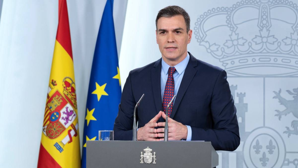 Covid-19 : Cas contact de Emmanuel Macron, le président du Gouvernement d'Espagne, Pedro Sanchez placé en isolement.