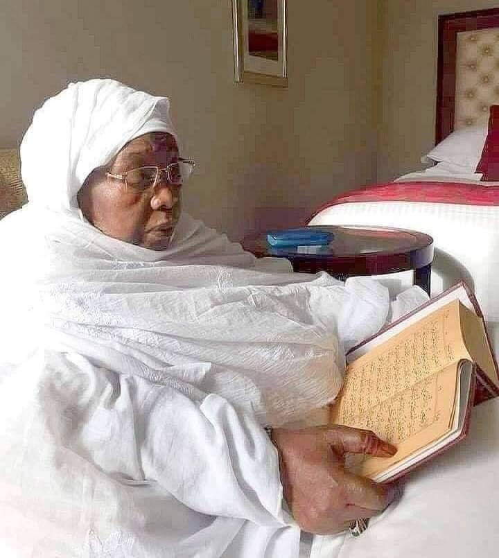 Seyda Mariama Niass : Le peuple du coran pleure sa patronne.