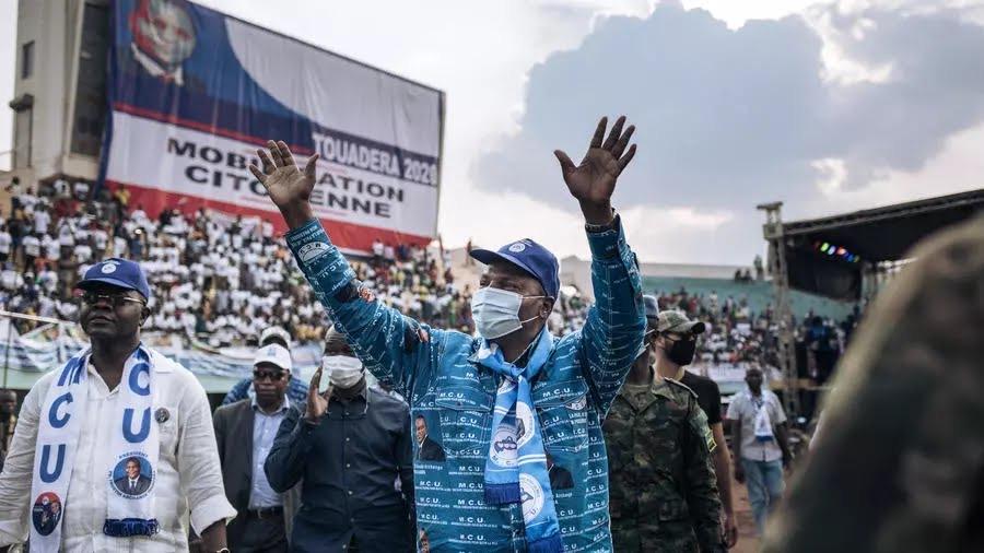 Centrafrique: Le président sortant Touadéra réélu avec 53,92% des voix, selon les résultats provisoires de l'ANE.