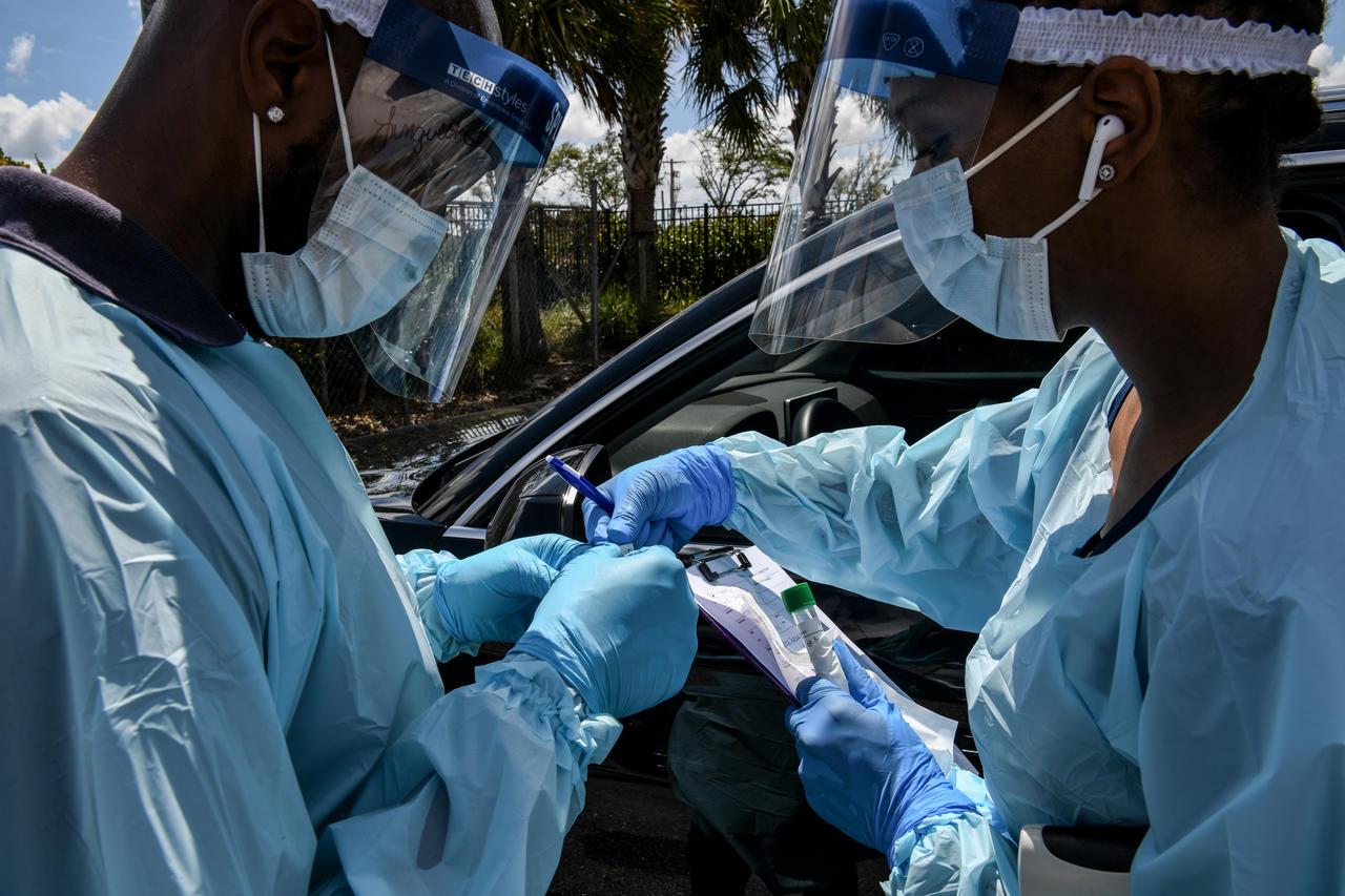 L'Afrique à l'aune de la résilience / Entre atouts et faiblesses : Quelles attitudes face à un système sanitaire dénudé par la Covid-19 ?