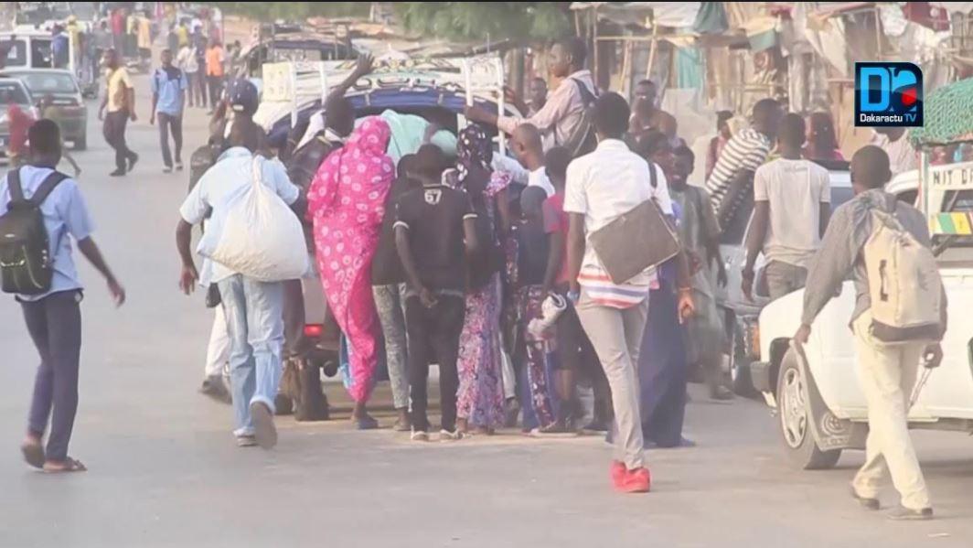 MBACKÉ- Élèves sans masques / La police embarque tout le monde