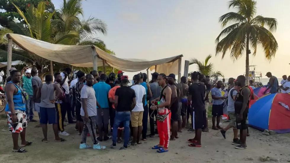 E migration : Plus d'un millier de migrants bloqués à la frontière de Panama en Colombie.