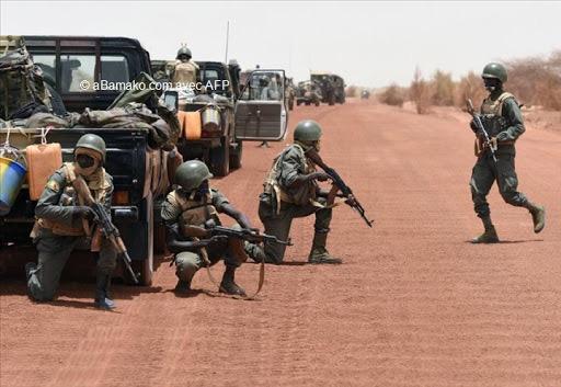 Mali : quatre soldats maliens tués dans une attaque jihadiste.