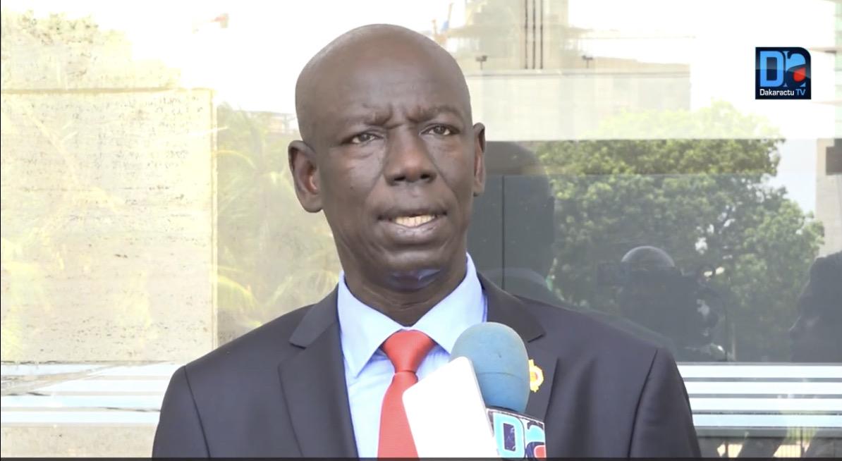 Guerre de succession au sein du parti socialiste, question du troisième mandat et candidature du PS : les assurances de Abdoulaye Vilane.