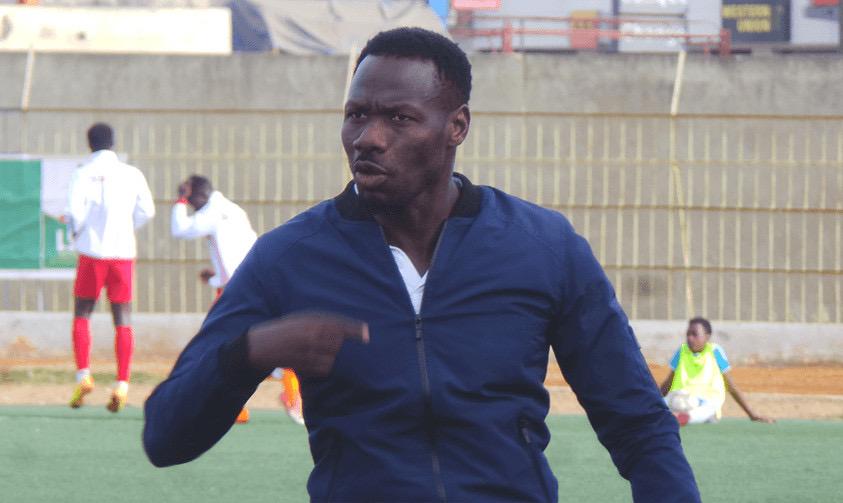 L1/Sénégal : NGB limoge son entraîneur Pape Thiaw pour déficit de résultats.