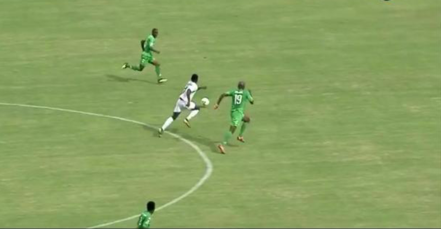 Match de Barrage/Coupe CAF : Le Jaraaf s'impose 1-0 contre le FC Platinum au Zimbabwe.