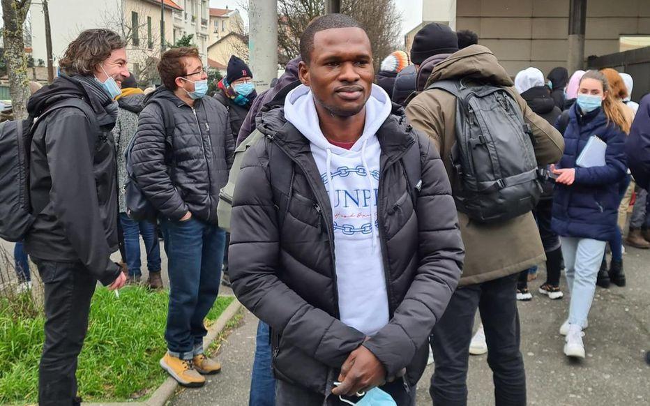 Vitry-sur-Seine : La mobilisation s'organise autour d'Ibrahima «Diderot», lycéen migrant menacé d'expulsion.