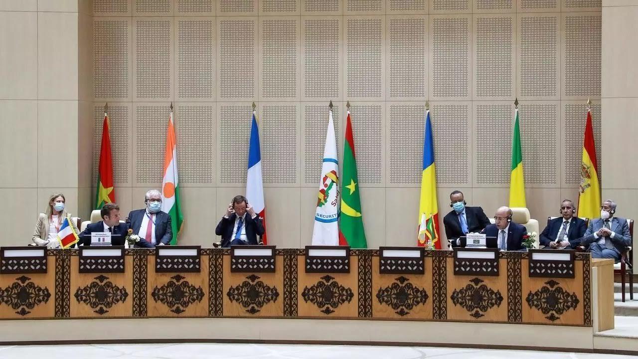 """L'après-N'djamena, le """"nouveau"""" G5 Sahel et le """"New Deal"""" français. (Par Dr. Bakary Sambe)"""