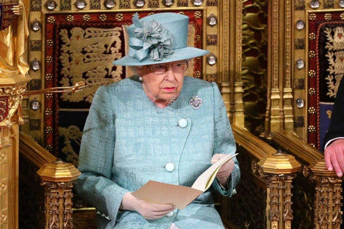 Angleterre : Le cousin de la reine condamné à de la prison pour agression sexuelle.