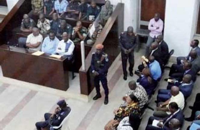 Condamnés à un mois ferme : Mamadou Lamine Seck et Saliou Faza Mbaye se faisaient passer respectivement pour le fils de Macky Sall et d'Idrissa Seck
