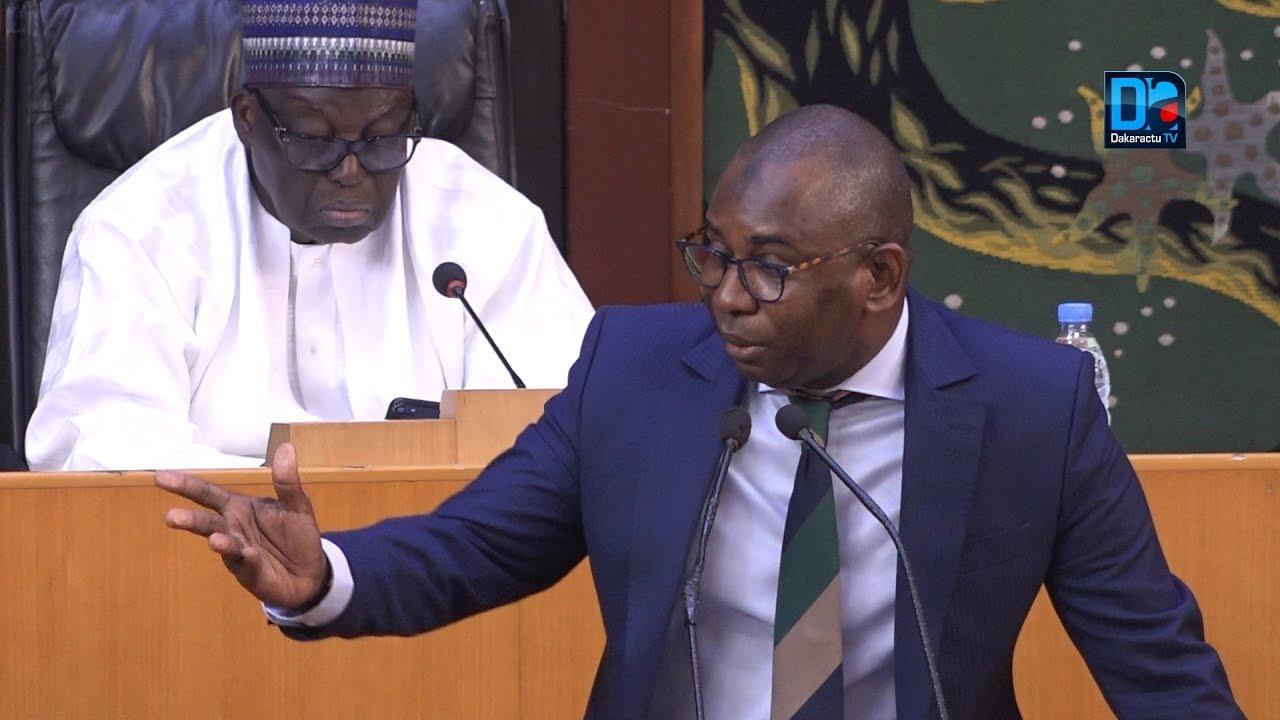 Assemblée nationale : De vives polémiques entre Moustapha Guirassy et les députés de la majorité.