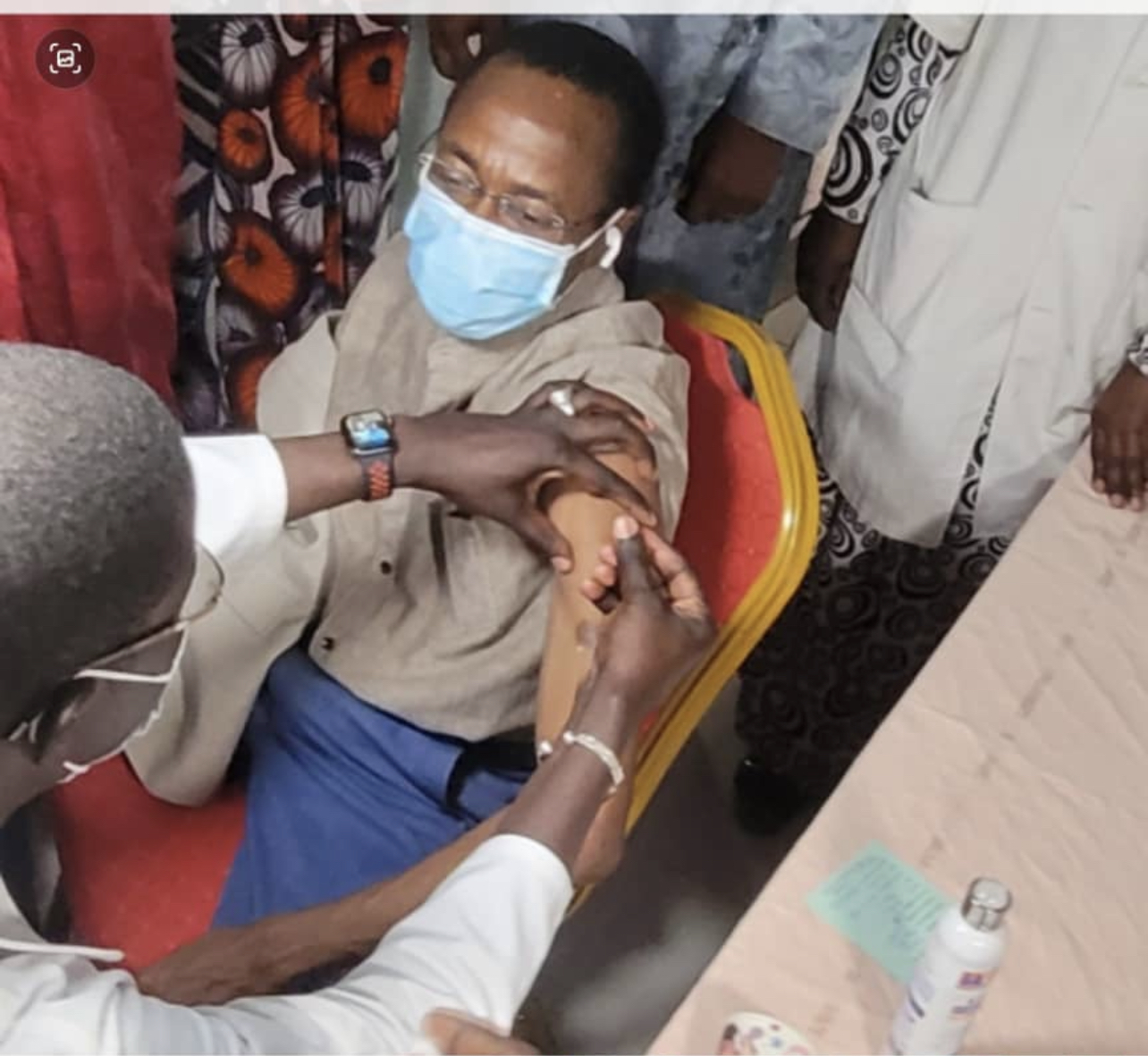 Thiès : Abdou Mbow s'est fait vacciner.