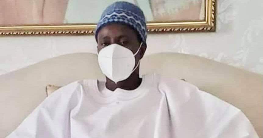 VACCIN À TOUBA / Serigne Bass Abdou Khadre, le porte-parole du Khalife Général des Mourides a pris sa dose ce matin.