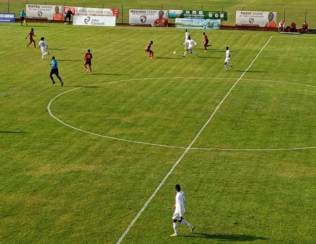 9ème journée Ligue 1 / Les résultats complets : Génération Foot renverse le Jaraaf, les Diambars en tête...