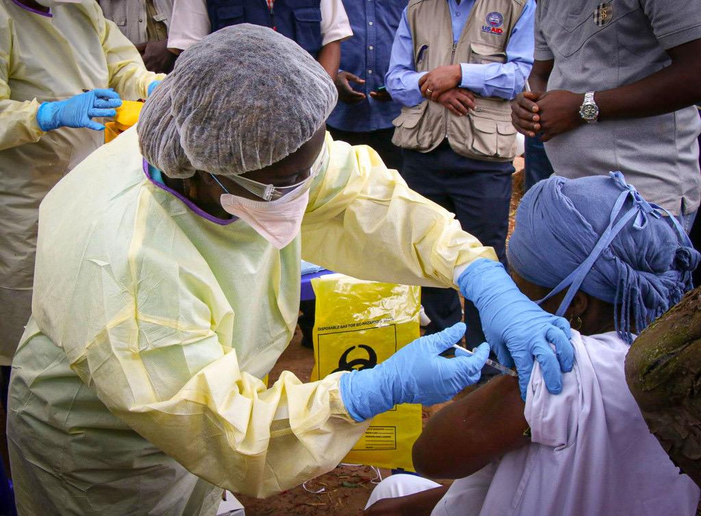 Guinée Conakry : Les ministres de la Santé de l'Afrique de l'Ouest s'entendent sur la mise en place d'un front uni pour combattre Ebola.