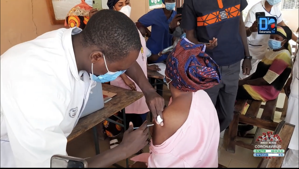 Covid-19 : 45638 personnes vaccinées au Sénégal.