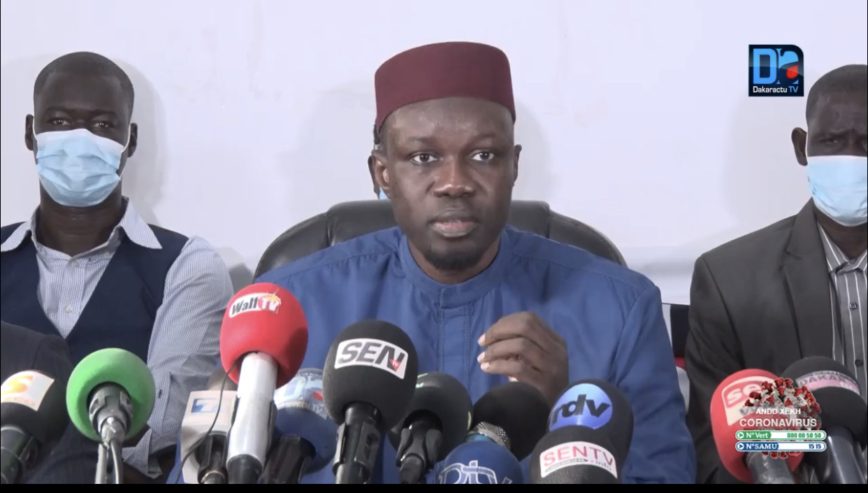 Ousmane Sonko est au palais de Justice de Dakar.