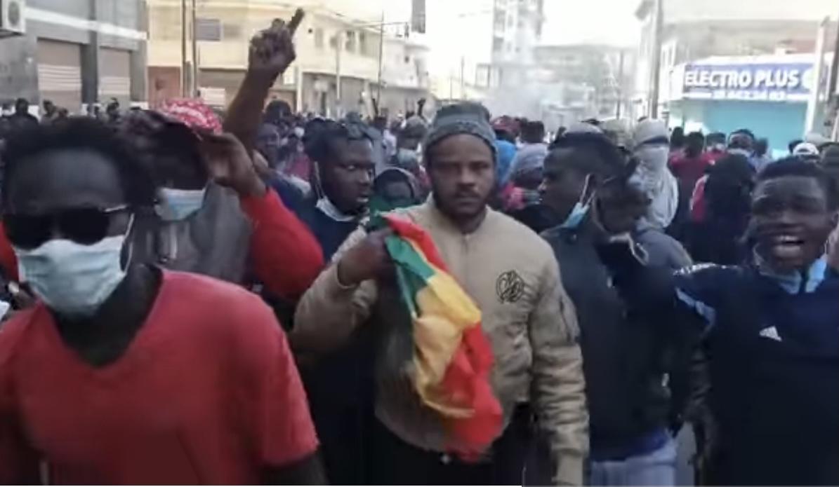 Manif à Dakar : Thiat de Y'en a marre arrêté.