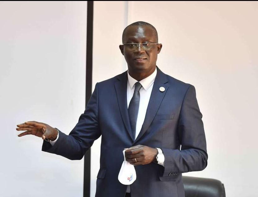 Présidence CAF : Augustin Senghor accepte le «protocole de Rabat» et enterre définitivement ses ambitions, Patrice Motsepe annoncé au poste...