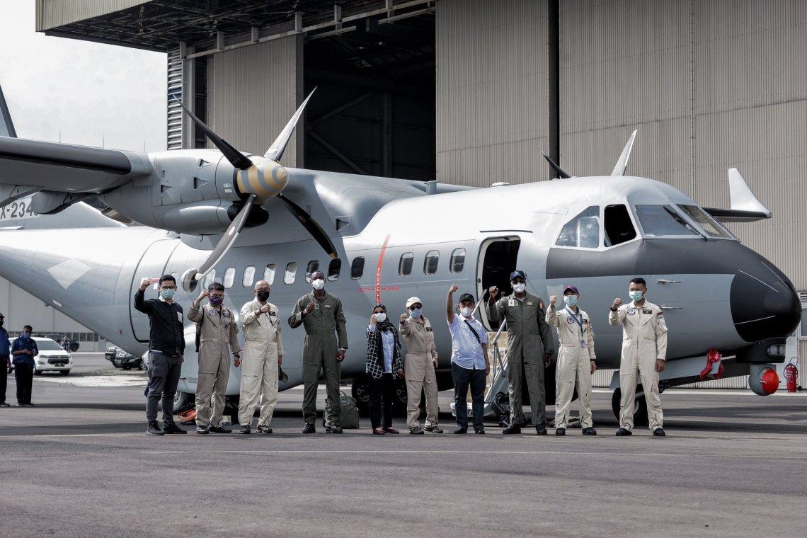 Armée de l'air : Le patrouilleur indonésien CN-235 MPA acquis par le Sénégal a reçu son certificat de vol.