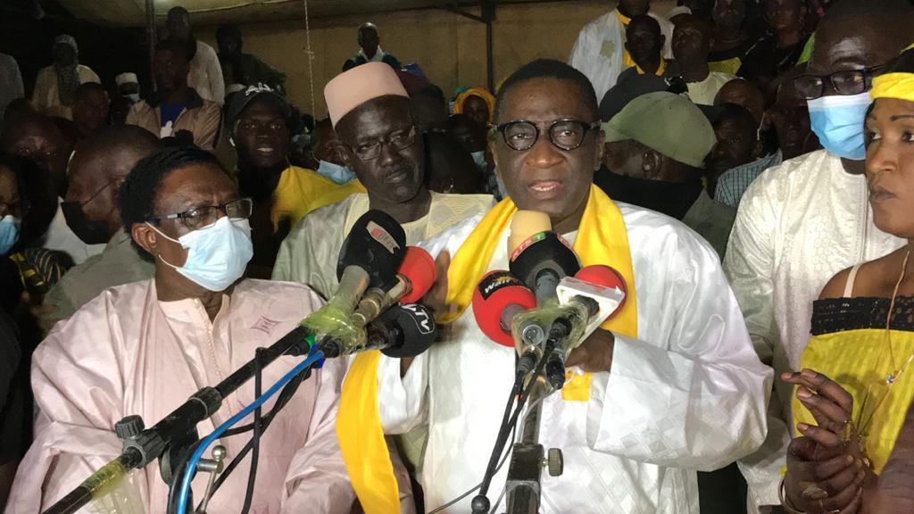 Racine Sy fait la Déclaration de Podor... : Soutien sans réserve au Président Macky Sall et à la protection des investissements.