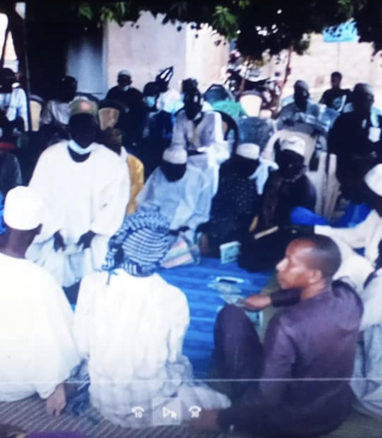 Chérif Mohamed Saïd Aïdara (chef religieux) : « Nous en tant que marabouts, nous ne pouvons que prier pour un climat apaisé… Les jeunes doivent se départir de… »