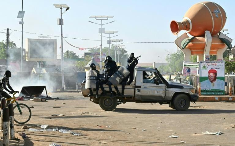 Tentative de coup d'Etat au Niger : La CEDEAO condamne et étale ses inquiétudes.