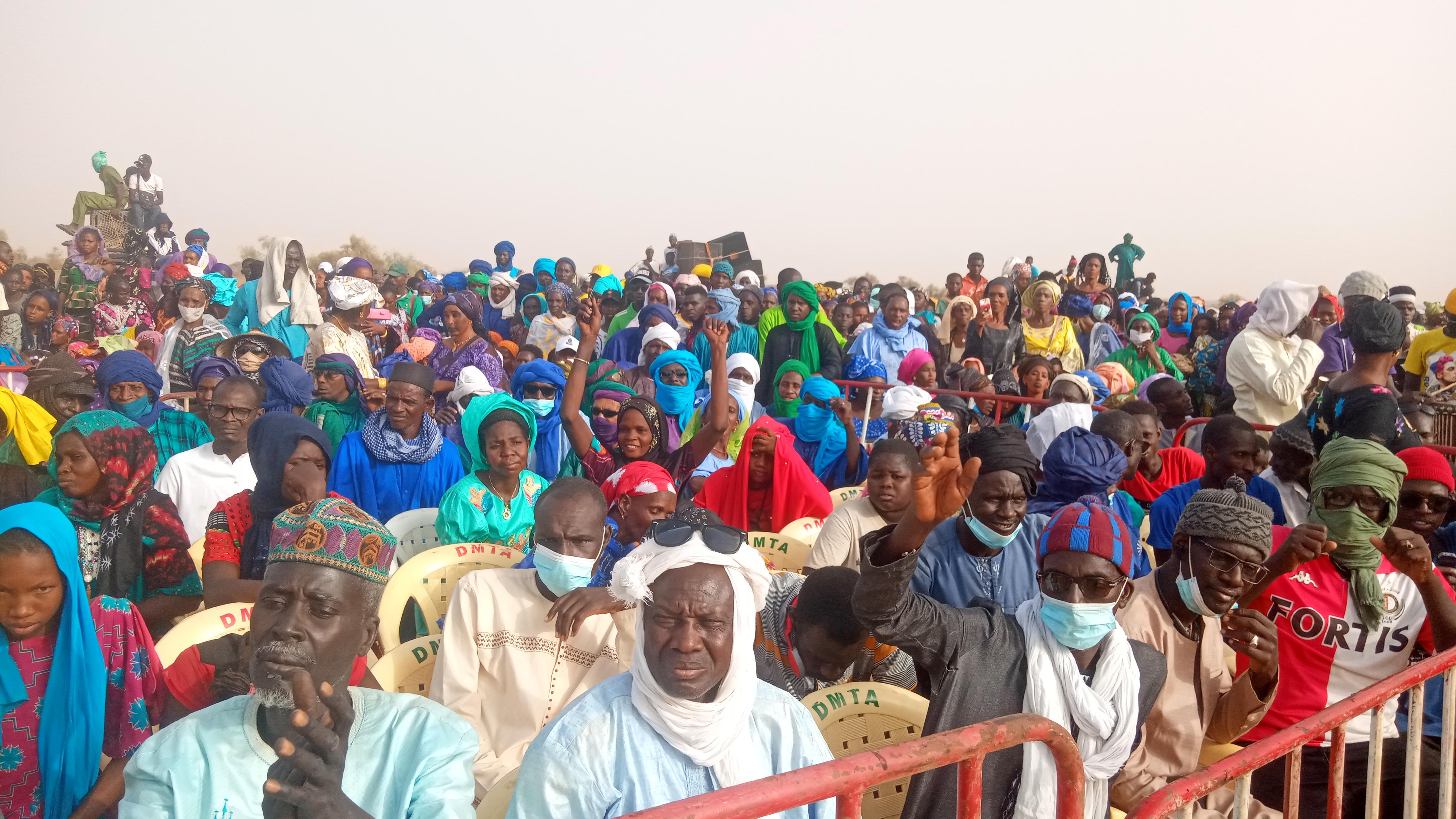 Mobilisation politique : Main dans la main, Abdoulaye Daouda Diallo et Cheikh Oumar Hanne réitérent la confiance des Podorois envers le PR Macky Sall.