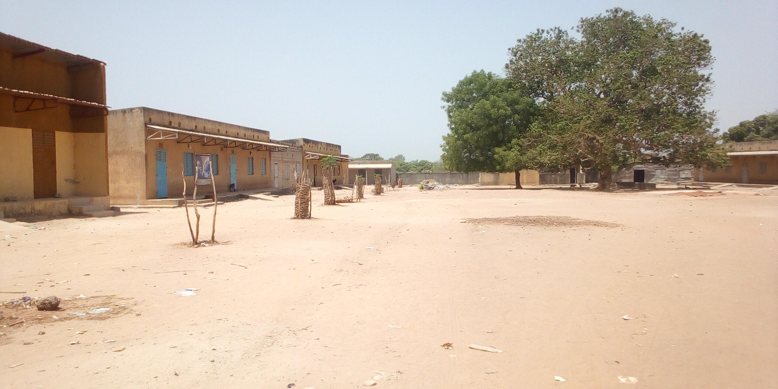 KOLDA : Le lycée Bouna Kane en grève pour…