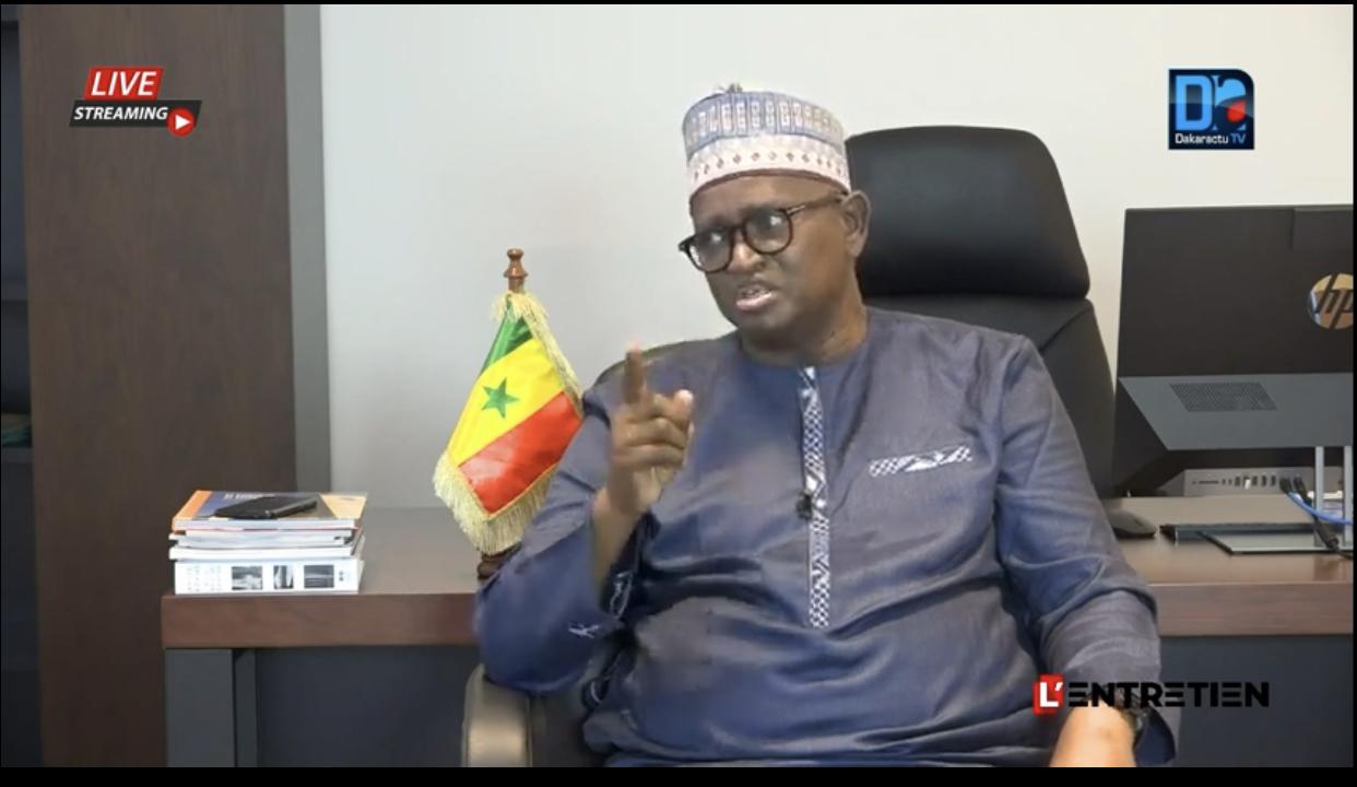 Abdou Latif Coulibaly sur l'assainissement de la presse : «Je suis le premier défenseur de la cause du journaliste, mais le journalisme ce n'est pas dire n'importe quoi… Avant de demander la régulation, il faut...»