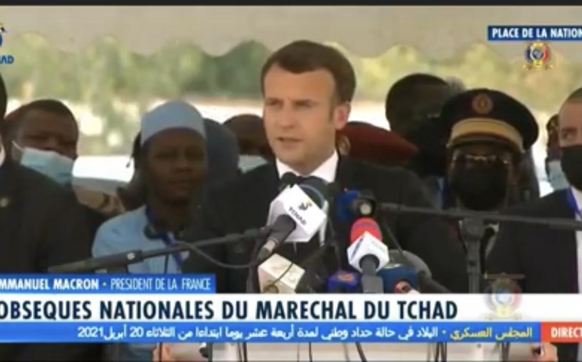 Emmanuel Macron aux obsèques du maréchal Déby : « Je partage le deuil d'un ami et d'un allié fidèle car vous avez été parmi les premiers à répondre (…) pour défendre l'Afrique contre le terrorisme ».