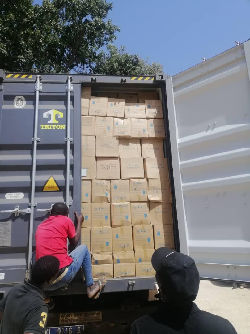 Opérations « coup de poing » d'envergure : De faux médicaments, du chanvre indien, des cargaisons de sachets plastiques et de l'engrais saisis.