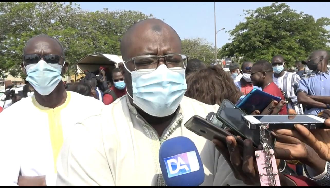 Contentieux opposant l'Etat du Sénégal et Barrick Gold : Birahime Seck invite la société aurifère à la « trêve au flux financier illicite »