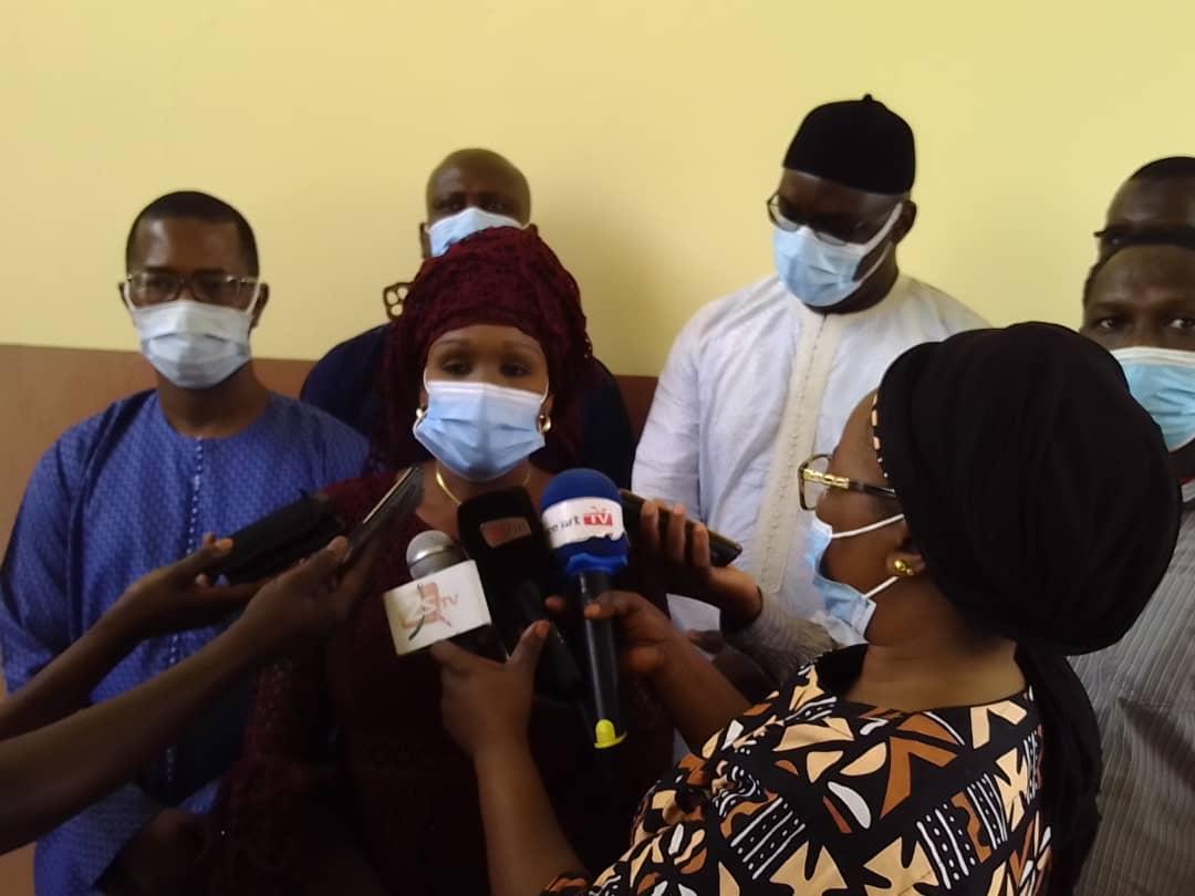 Dr Fatou Mbaye Sylla (directrice générale des établissements de santé) rassure à Kolda : « Le poste de gynécologue sera doublé dans quelques semaines…bientôt le scanner sera disponible car la commande est déjà faite... »