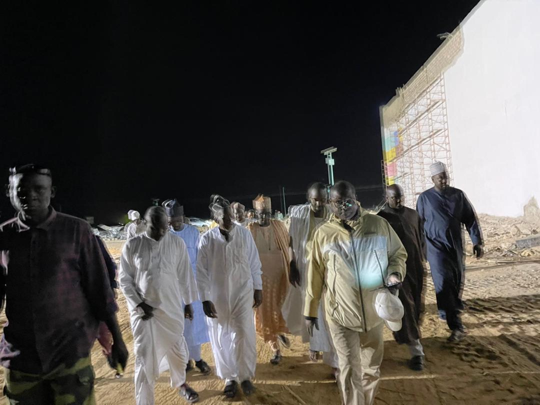 Ciss-Plazza / Kaolack : Le Khalife général de Médina Baye visite les chantiers de Baye Ciss.