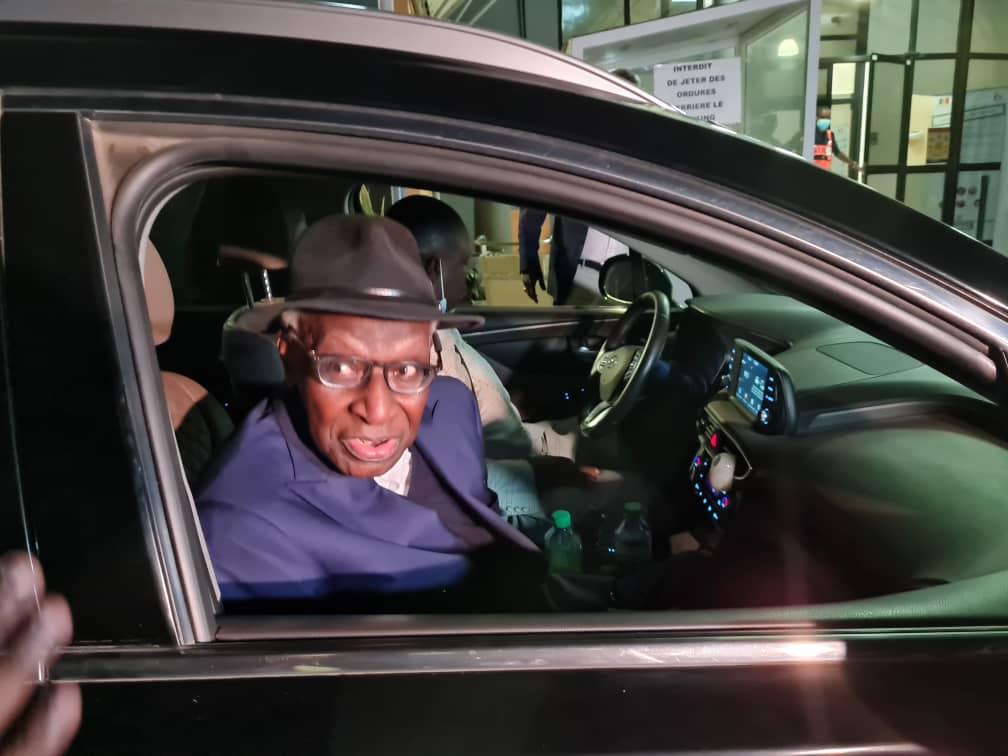À bord du vol Air France : Lamine Diack est rentré à Dakar