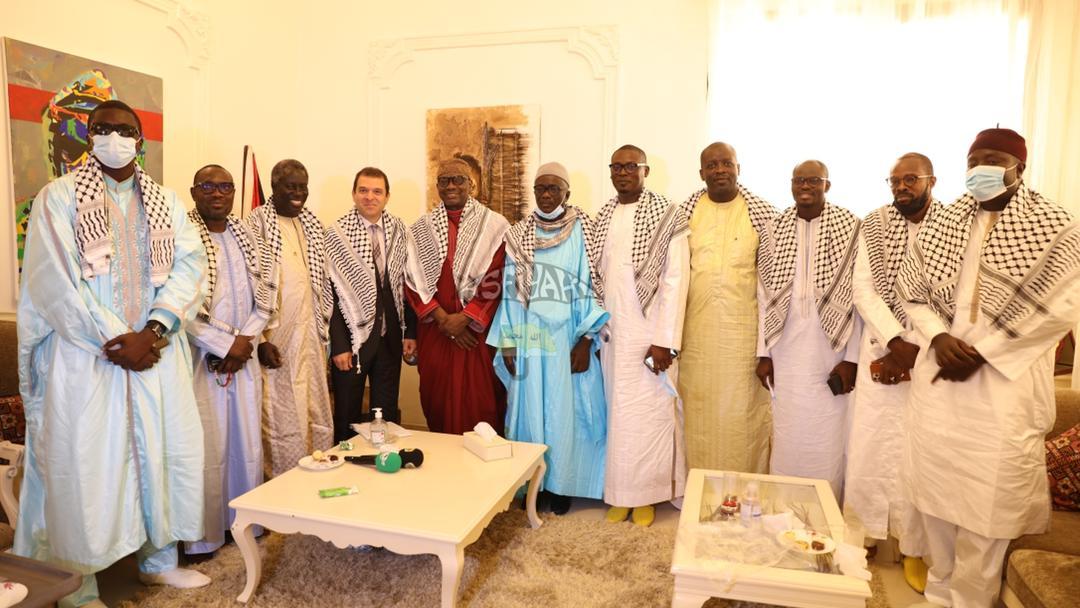 Situation en Palestine : le Khalife des Tidianes envoie une délégation conduite par Serigne Mansour Sy Dabakh à son excellence Safwat Ibraghith