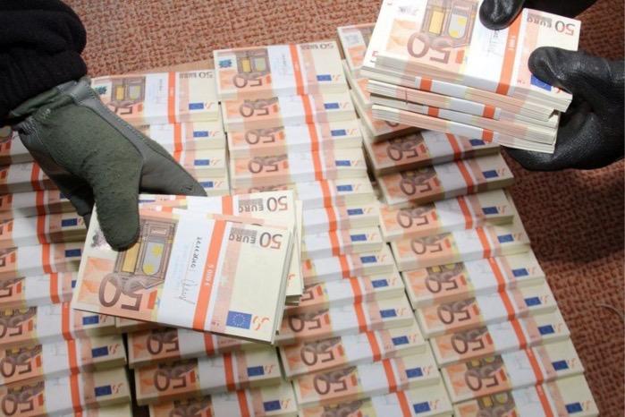 Fabrication de faux billets : La bande à Nicolas Diamantidis condamnée par le tribunal de Dakar.