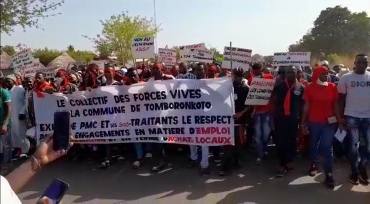 Kédougou / Non respect des engagements pris par PMC, emplois et achats locaux : les populations de Mako dans la rue.