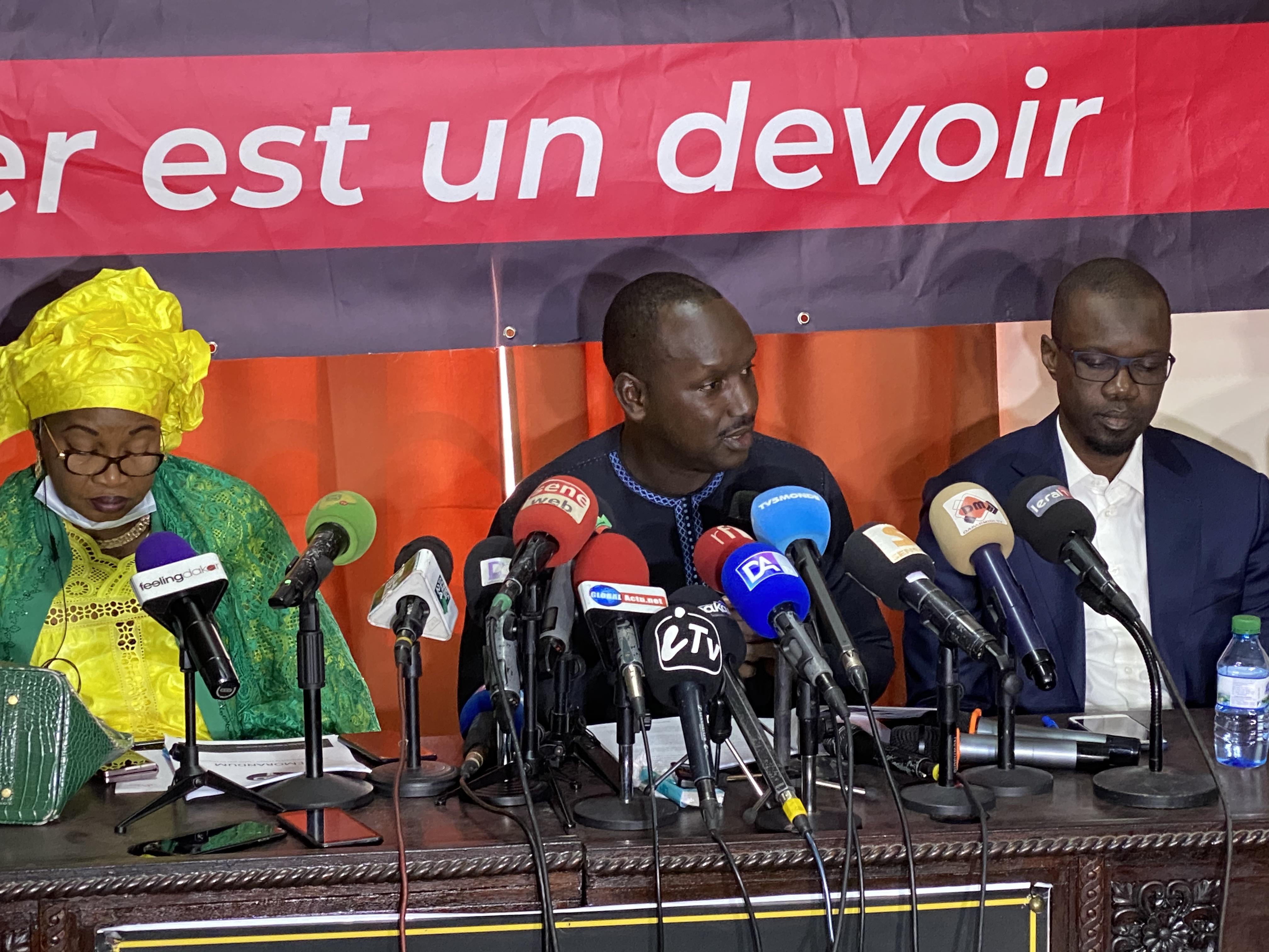 Mémorandum sur les émeutes de mars 2021 : Le M2D décide de poursuivre l'État du Sénégal devant les juridictions internationales.
