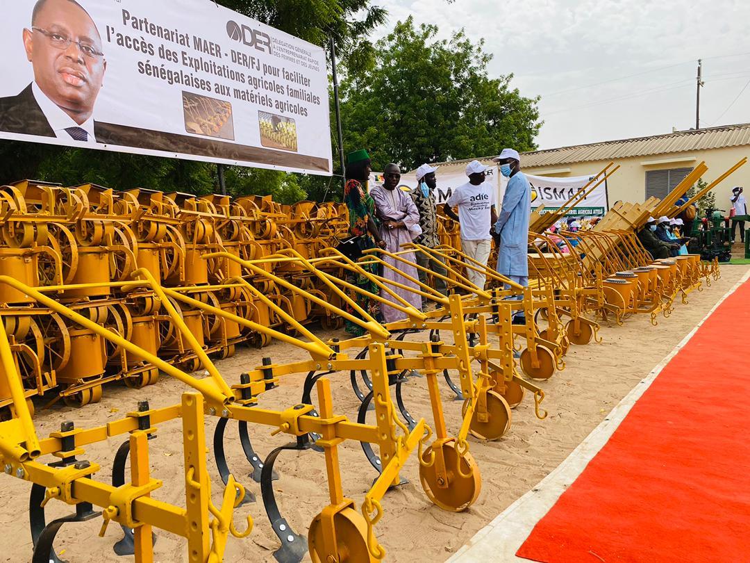 Voici le lot de matériels agricoles offert aux paysans de Kaffrine par le président Macky Sall
