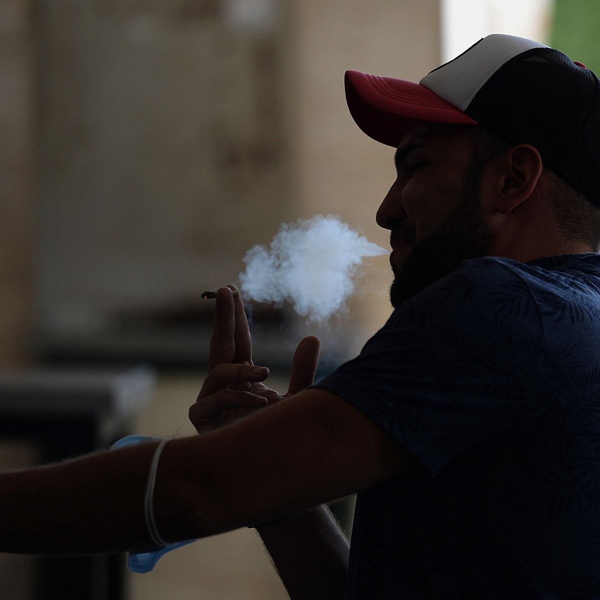 Tabagisme : 1,2 million de non-fumeurs sont morts des suites d'une exposition à la fumée du tabac. (Oms)